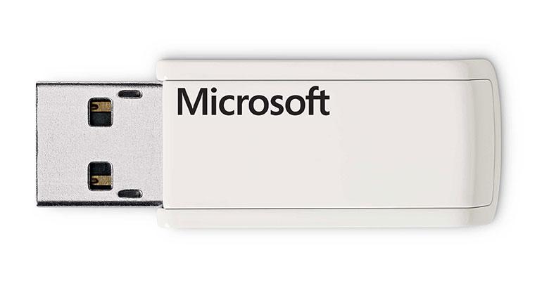 Kit Teclado e Mouse Wireless Desktop 3000 (MFC-00006) - Microsoft