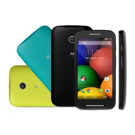 Smartphone Moto E Colors XT1025 Preto, Android 4.4, Dual Core 1.2GHz, 4.3´,TV, 4GB, 5MP, WIFI, 3G, Dual Chip - Motorola