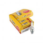 Vela NGK B8HS-10 Para Motor de Popa Yamaha 50/60/90/115/130 HP 2T (caixa C/ 10 unidades)