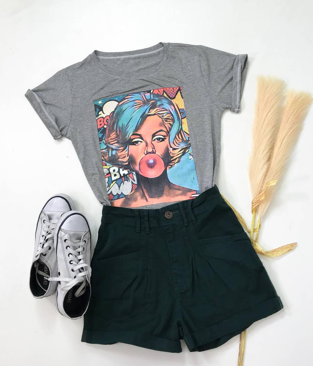 T-Shirt Garota Dos Quadrinhos Cinza Mescla