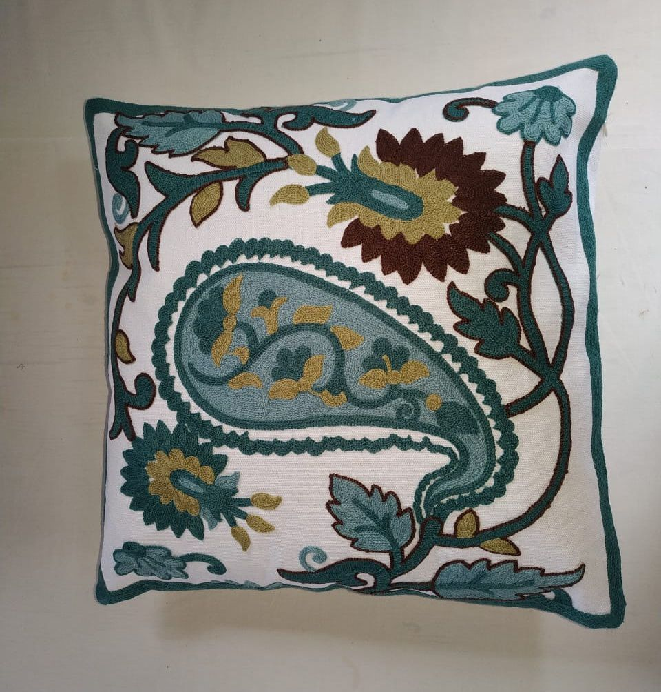 Capa de Almofada Bordada Branco/Tifane  Maritima  - Helô Reis Store