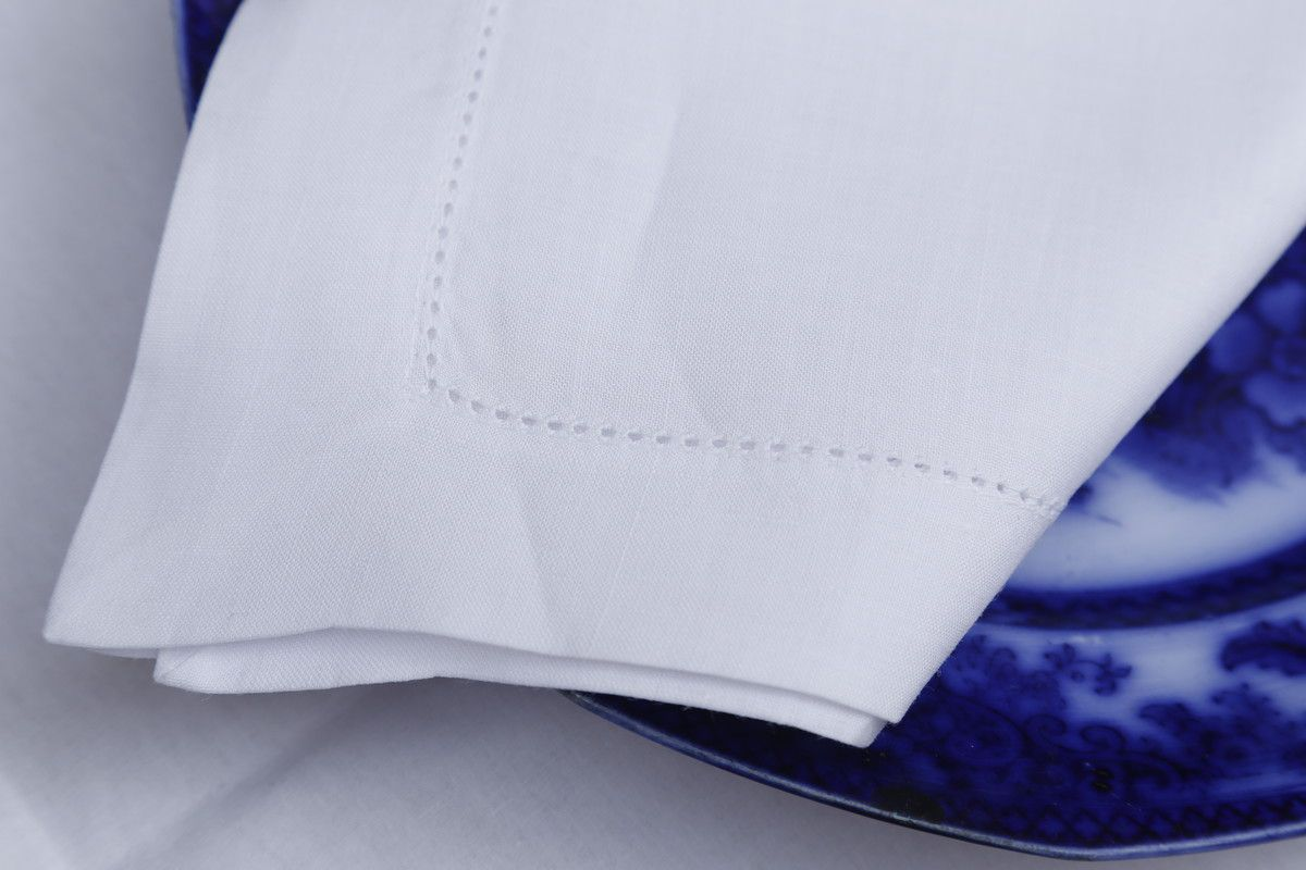 Guardanapo Cambraia de Linho Ajour à máquina branco 45x45 Kit 12  - Helô Reis Store