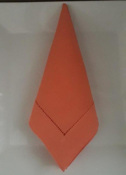 Guardanapo de Linho Ajour a Mão Laranja 45x45 Kit 12   - Helô Reis Store
