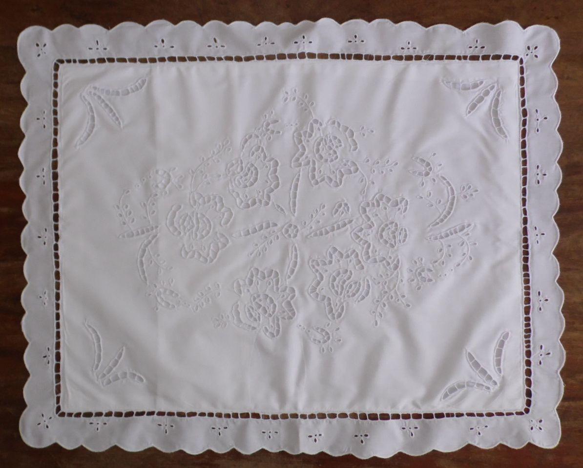 Par de Fronhas Ana branco  - Helô Reis Store