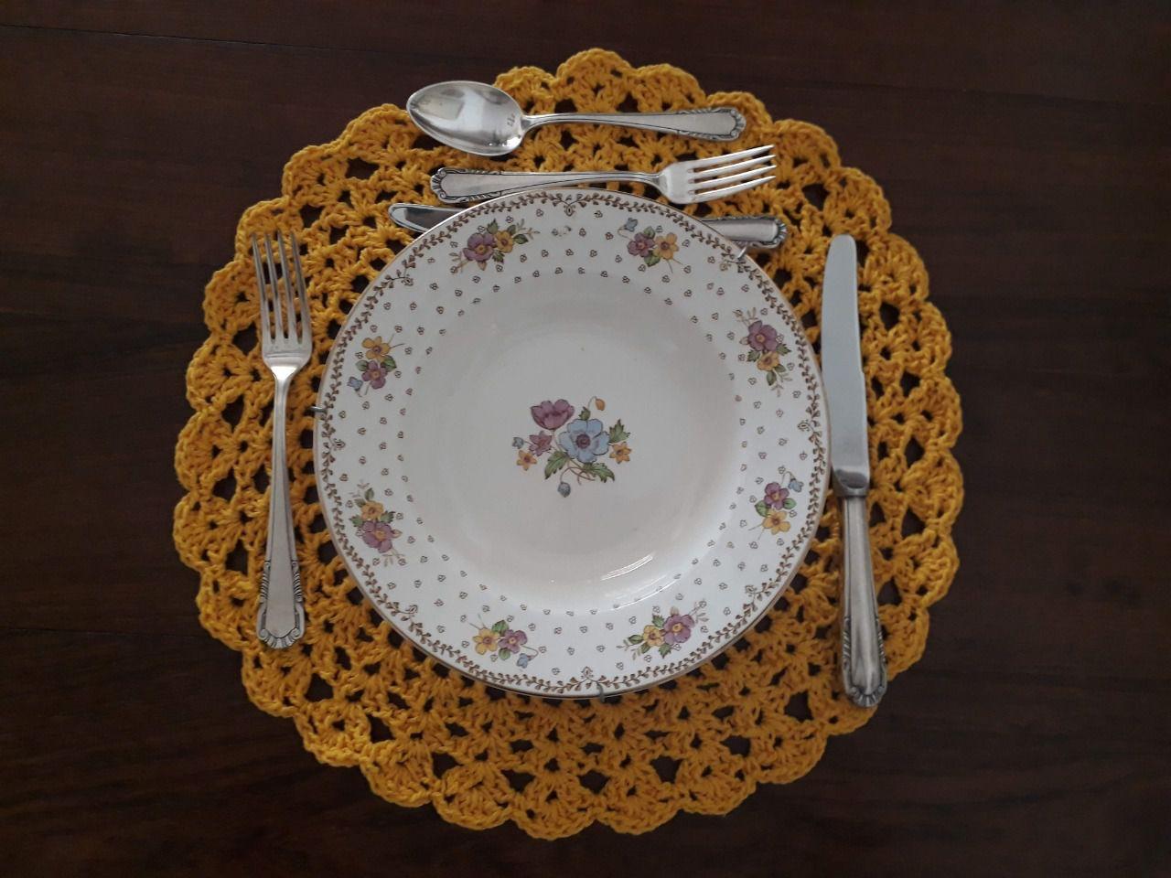 Sousplat de Crochet Amarelo Kit com 12  - Helô Reis Store