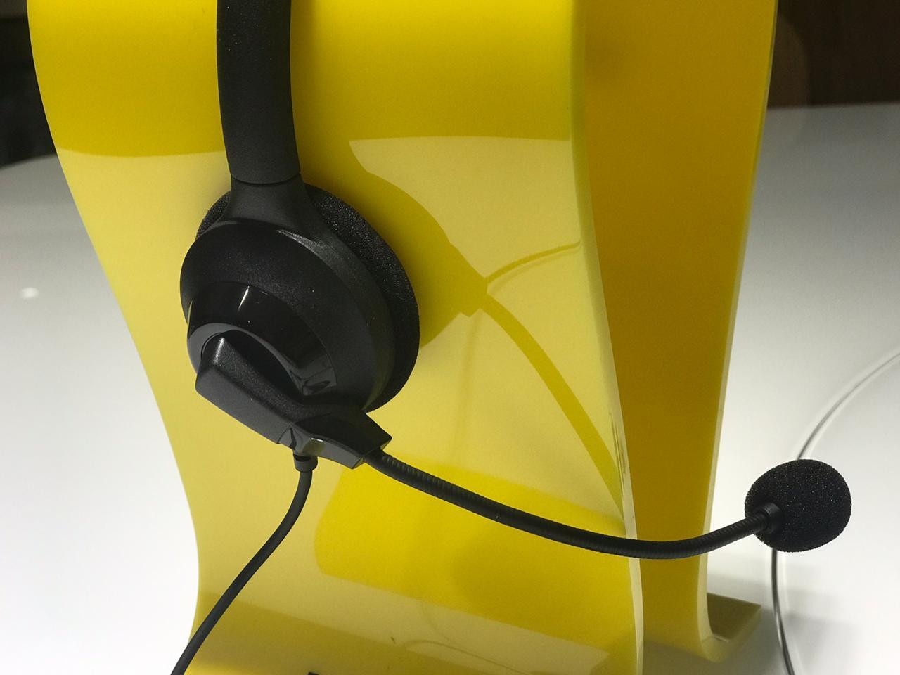 Headset Mono auricular Jabra Ninja conexão QD + Cabo USB com controle de volume e mute