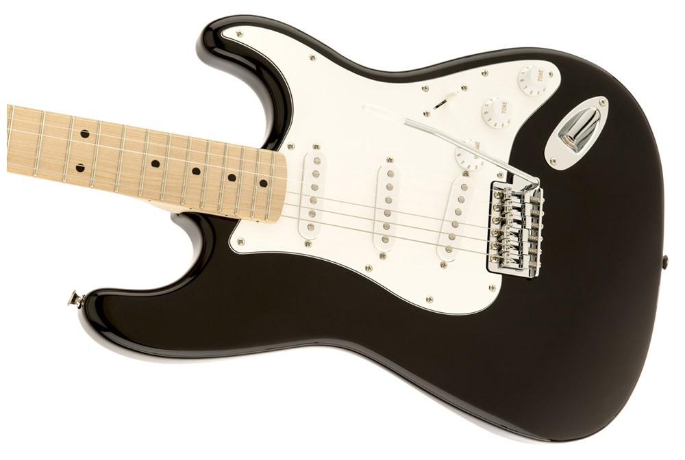 Guitarra Fender Squier Affinity Stratocaster Black