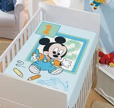 Manta Microfibra Infantil 0,80m x 1,10m Mickey Desenhando