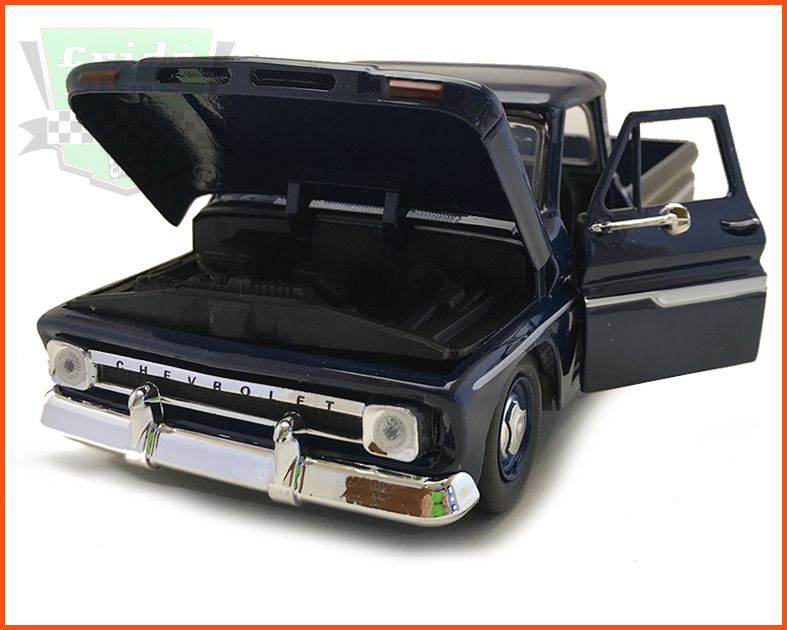 Chevrolet C10 1966 Azul - escala 1/24