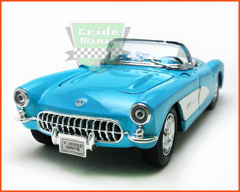 Chevrolet Corvette 1957 Celeste - escala 1/24