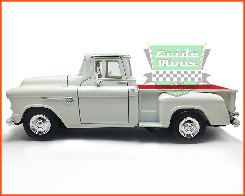Chevrolet Pick-up 1955 Marta Rocha - escala 1/24