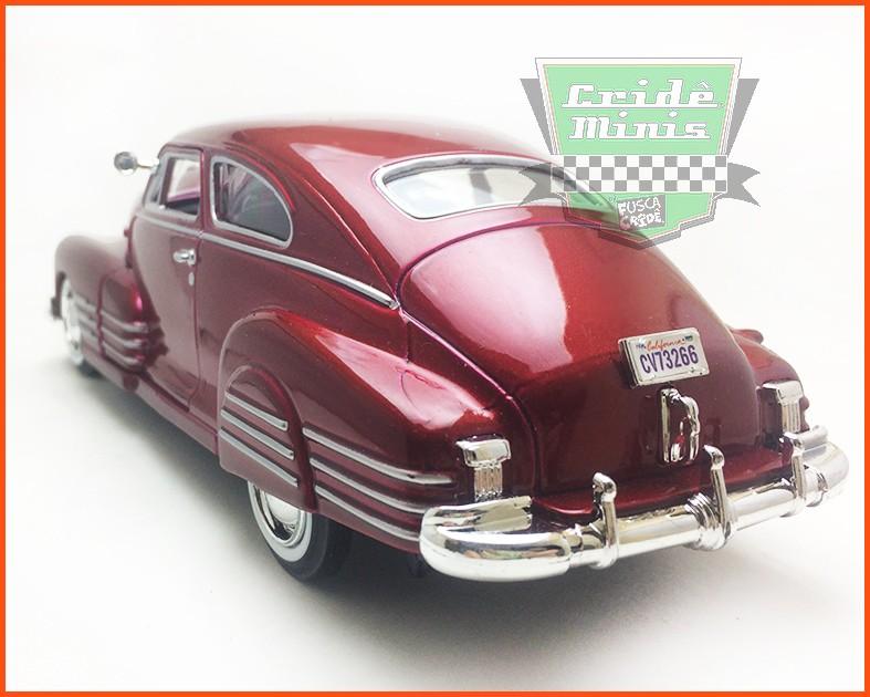 Chevy Aerosedan Fleetline Vinho 1948 - escala 1/24