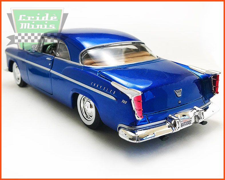Chrysler C300 1955 Azul - escala 1/24