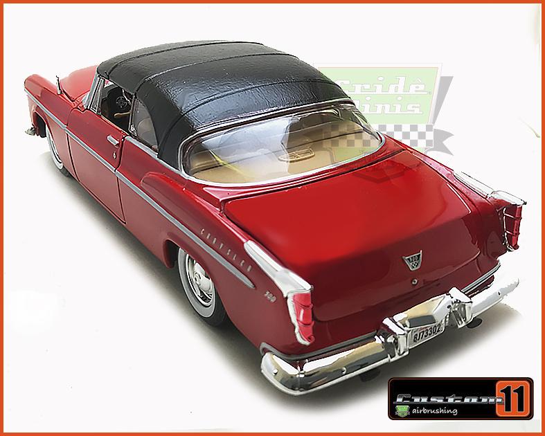 Chrysler C300 1955 com capota de vinil - escala 1/24