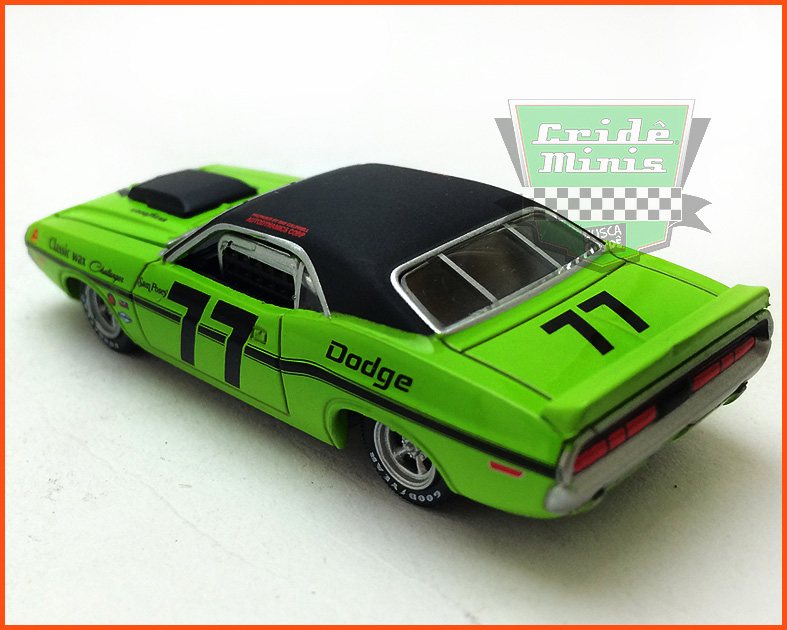 Diorama Road Racers Dodge #77 Mustang #22 - escala 1/64