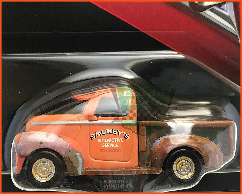 Disney Car 3 Smokey