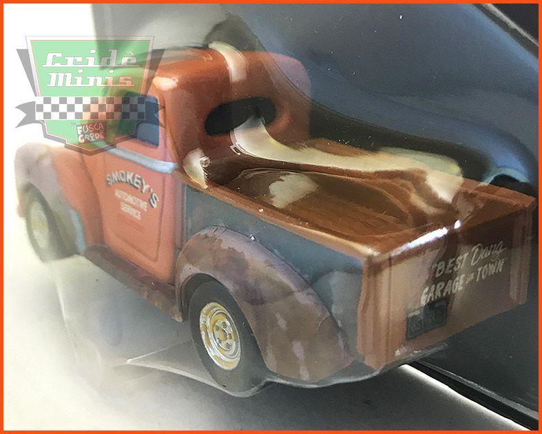 Disney Car 3 Smokey