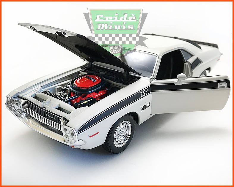 Dodge Challenger 1970 - escala 1/24