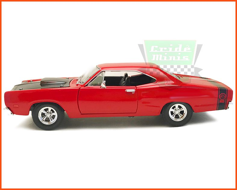 Dodge Coronet Super Bee 1969 com caixa expositora e base - escala 1/24