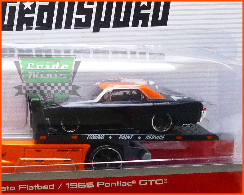 Pontiac GTO 1965 com Guincho Plataforma - escala 1/64