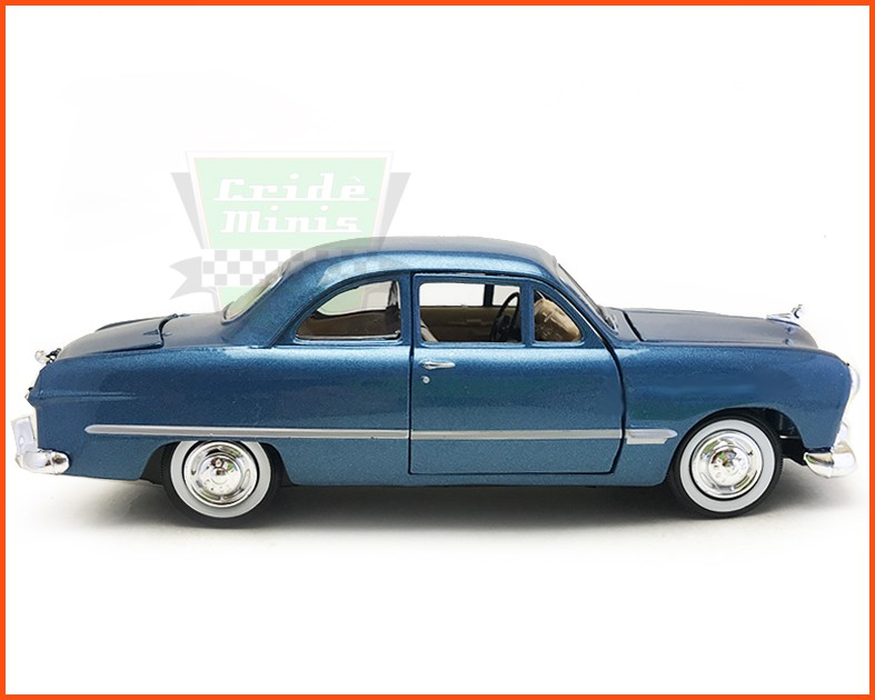Ford 1949 blue - Escala 1/24
