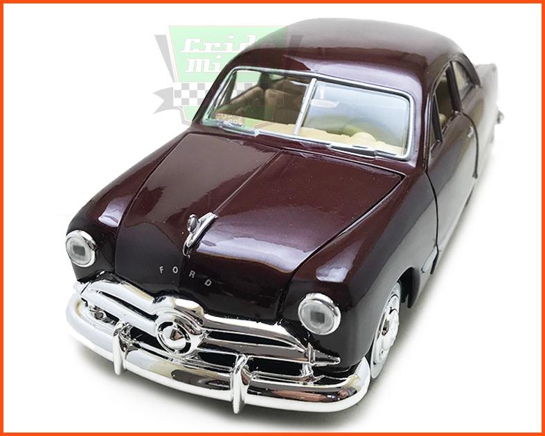 Ford 1949 vinho - Escala 1/24