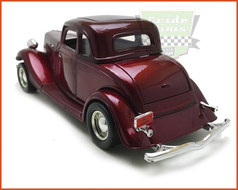 Ford Coupe 1934 Vine - escala 1/24