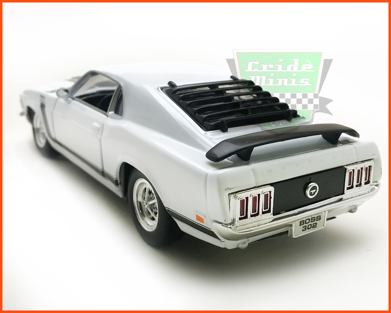 Ford Mustang Boss 302 1970 White - escala 1/24