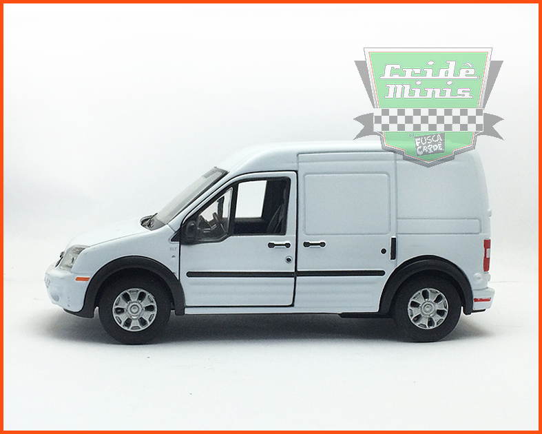 Ford Transit Delivery branco - escala 1/43