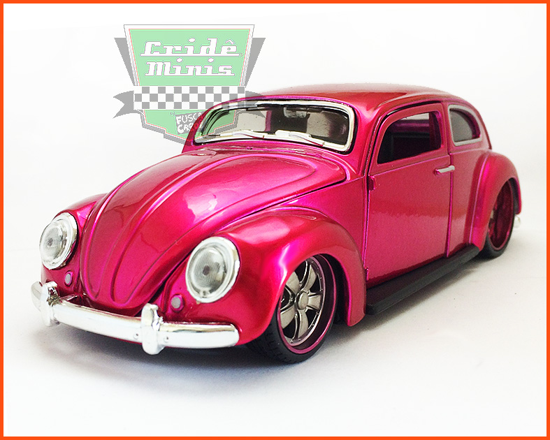 Fusca Oval Window Custom 1955 pink - escala 1/24