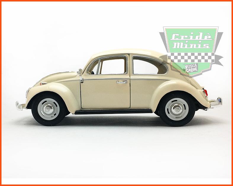 Fusca Sedan 1967 1300 Creme - escala 1/24