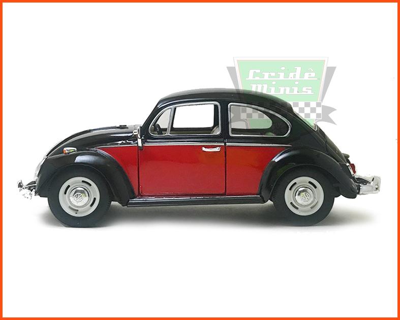 Fusca Sedan 1967 1300 Preto Saia e blusa- escala 1/24