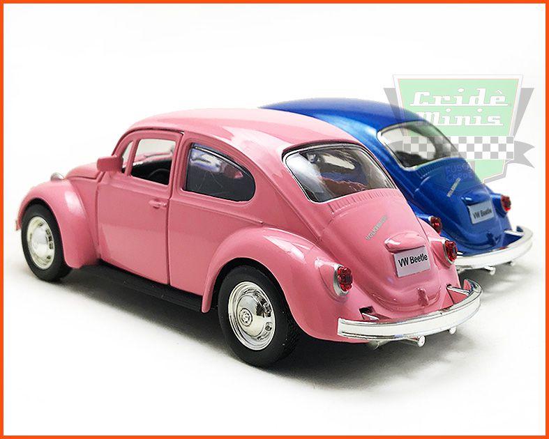 Fusca Sedan 1967 Azul e Rosa 2 peças - Escala 1/32