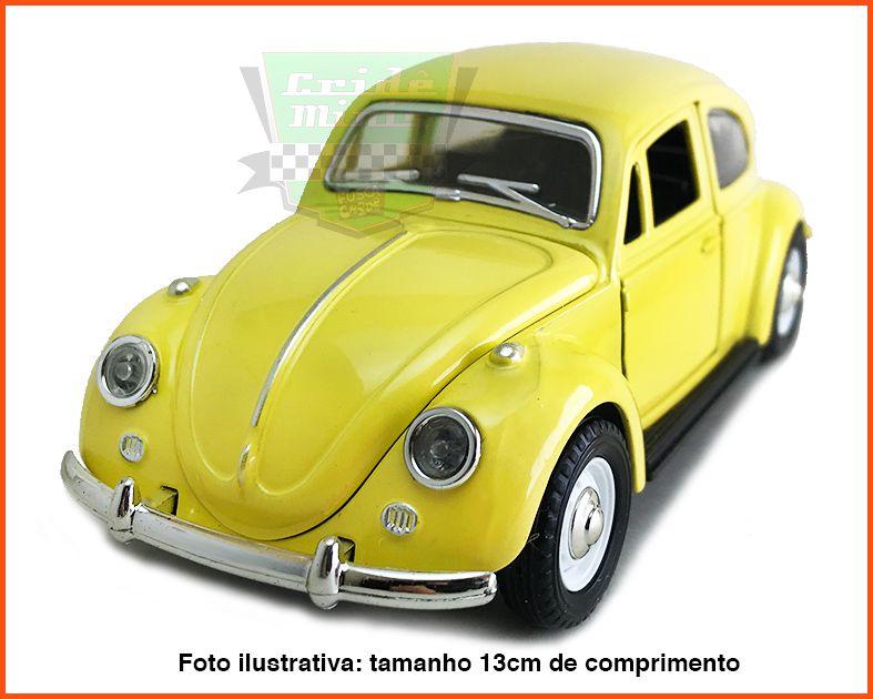 Fusca Sedan  - Amarelo - escala 1/32