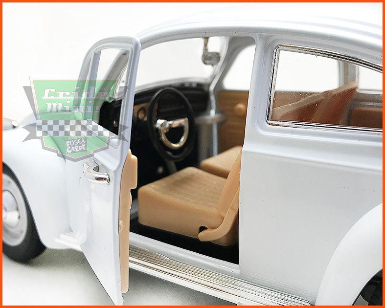 Fusca Sedan Branco - Escala 1/18