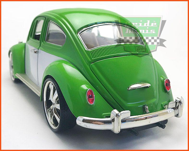 Fusca Sedan Tunado Green - 23cm de comprimento