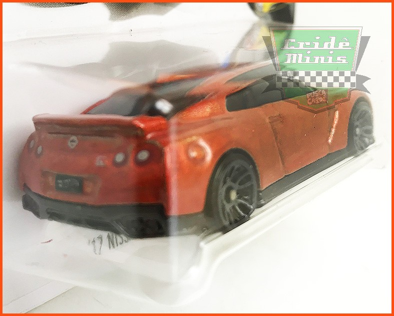 Hot Weels Nissan GT-R 2017 (R35) - escala 1/64