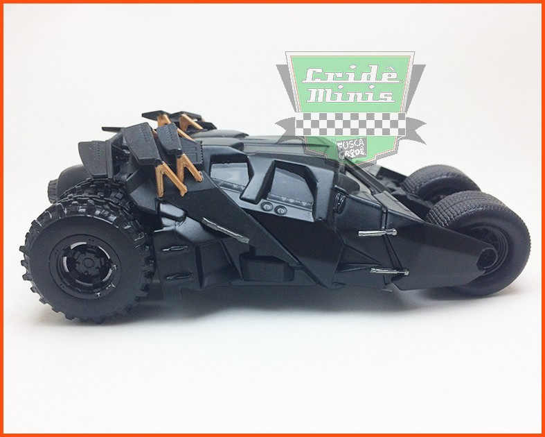 Jada Batman Batmobile 2008 The Dark Knight Tumbler - Escala 1/32