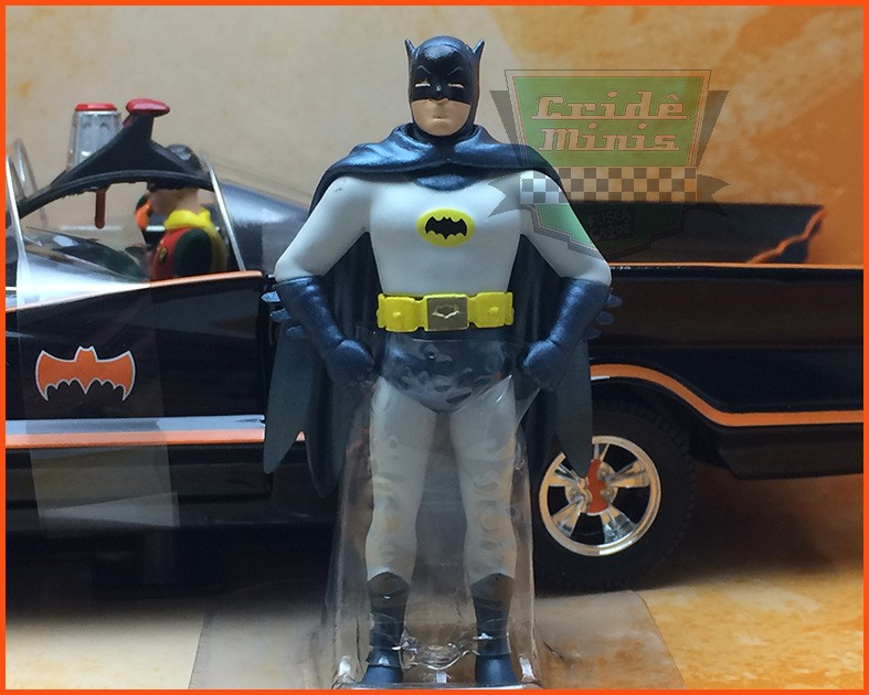Jada Batman Classic TV Series - Batmovel 1966 com figuras - Escala 1/24