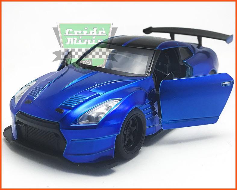 Jada Brian's Nissan GT-R Ben Sopra - Velozes & Furiosos 8 - escala 1/32