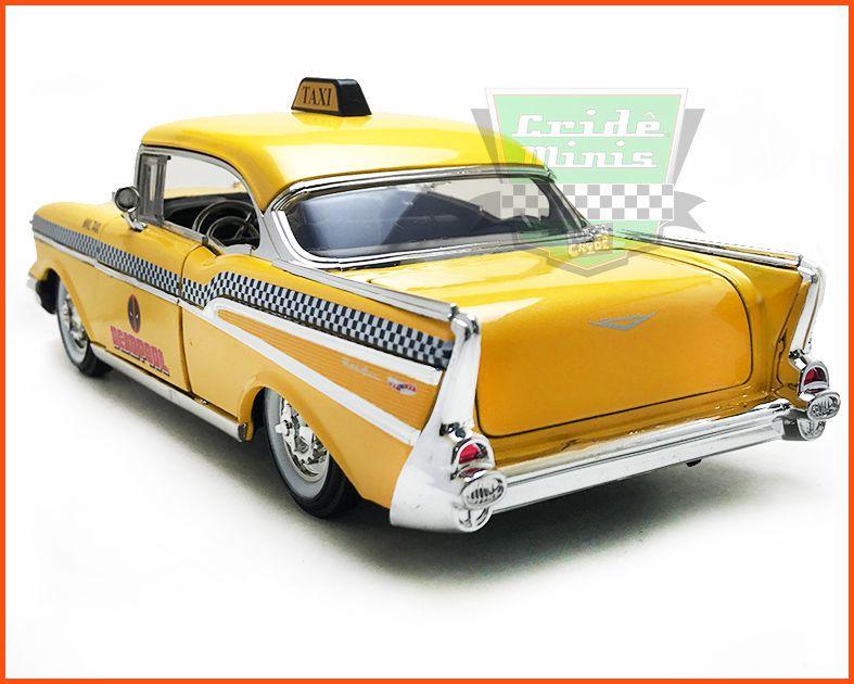Jada DEADPOOL & Chevy BelAir 1957 com figura  - Escala 1/24