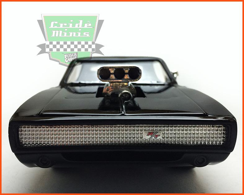 Jada Dodge Charger R/T 1970 - com  caixa Velozes e Furiosos 7 - escala 1/24