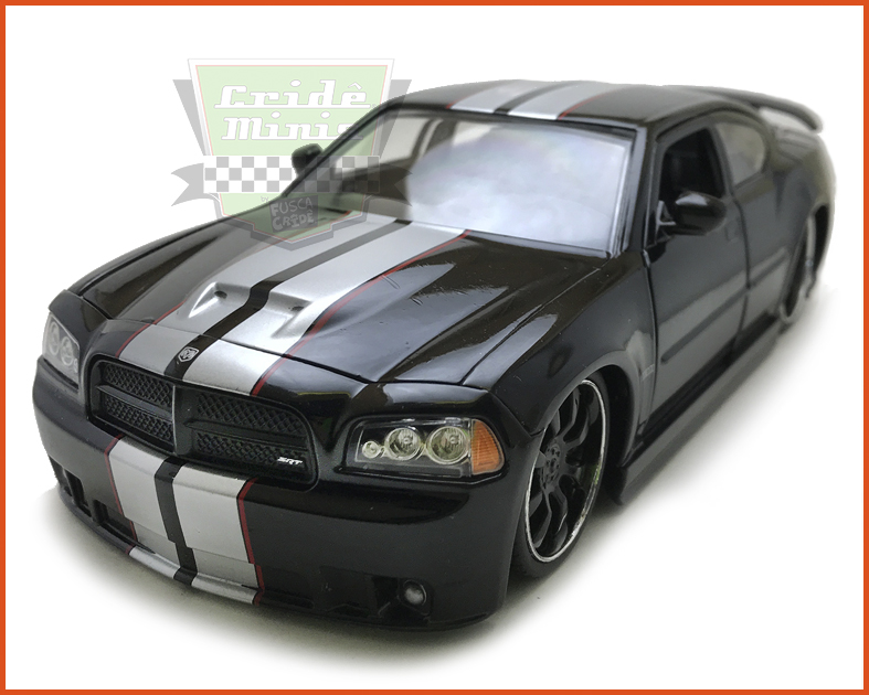 Jada Dodge Charger SRT8 2006 Black - escala 1/24