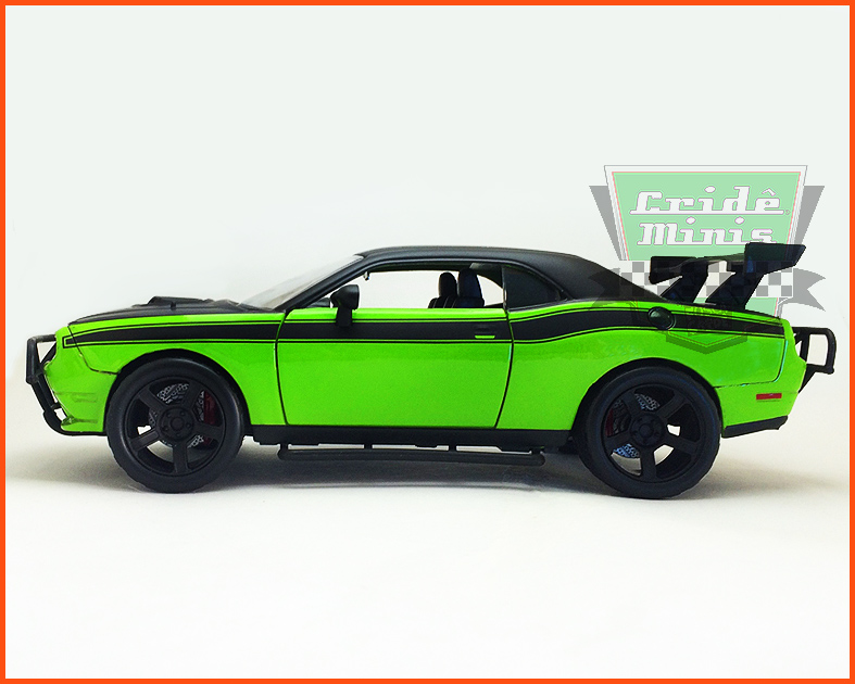 Jada Dodge Charger SRT8 - Velozes e Furiosos 7 - escala 1/24