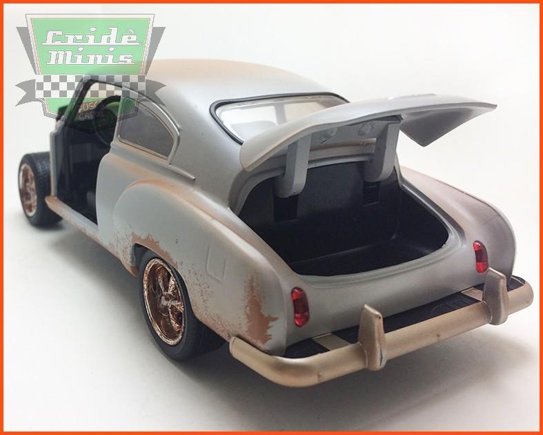 Jada Dom's Chevy Fleetline - Velozes & Furiosos 8 - escala 1/24