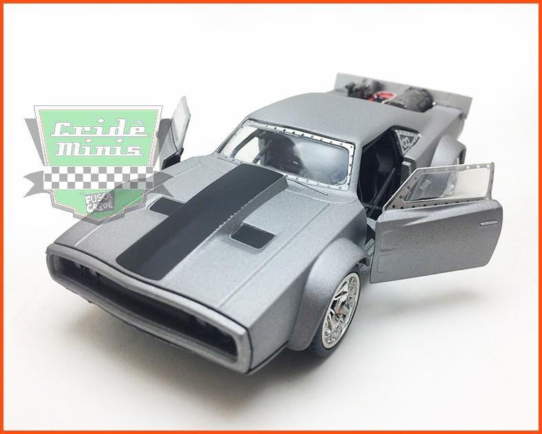 Jada Dom's Dodge Ice Charger - Velozes e Furiosos 8 - escala 1/32