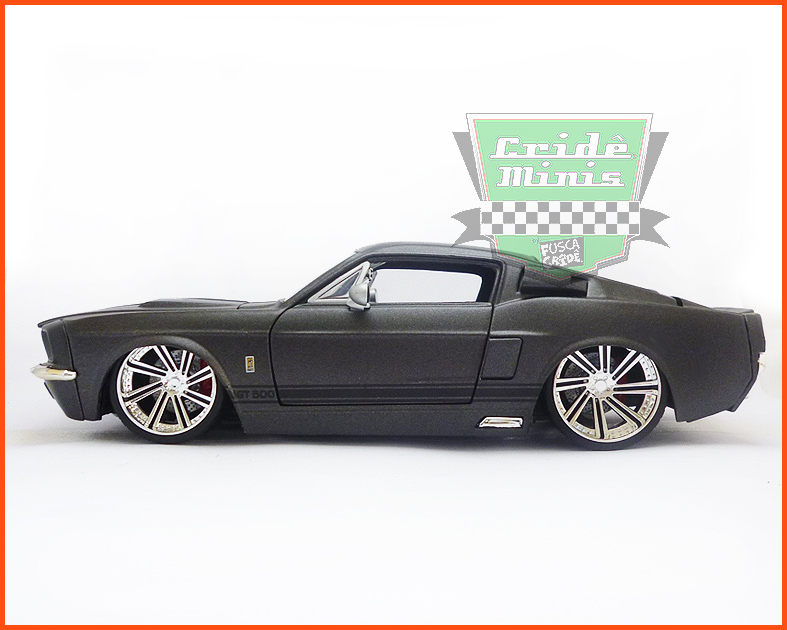 Jada Shelby GT 500 1967 grafite - escala 1/24