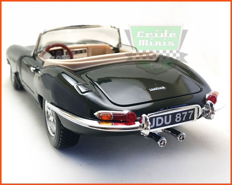 Jaguar E-Type Cabriolet 1963 - escala 1/18