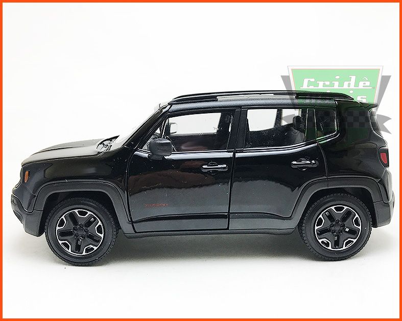Jeep Renegade 2015 Black - escala 1/24