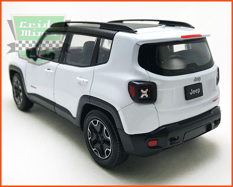 Jeep Renegade 2015 White - escala 1/24